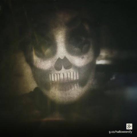 spooky skull hallowenify Google Plus