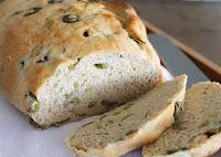 Pão de Azeitona e Alecrim (vegana)