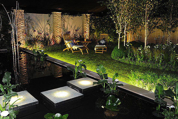 Delicieux Kari Beardsell   Blue Bridge Garden Design: Show Time For Cube Lighting: A  Garden By Night!