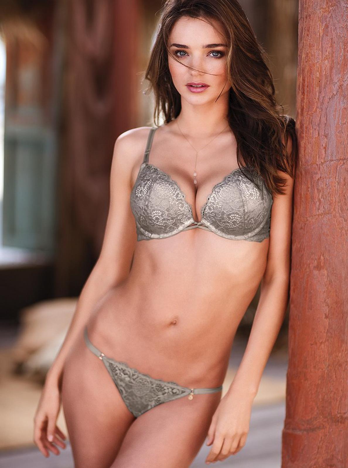 http://1.bp.blogspot.com/-kKXl_AsFtD4/T5qJz9EEe2I/AAAAAAAAAig/bCCLWDXOo30/s1600/Miranda+Kerr+hot+in+sexy+Victoria%27s+Secret+lingerie+3.jpg