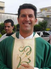 Padre Clayton Nogueira
