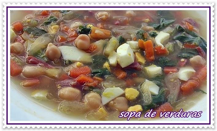 http://lasrecetasdenessa.blogspot.com.es/2013/10/sopa-de-verduras-y-garbanzos.html