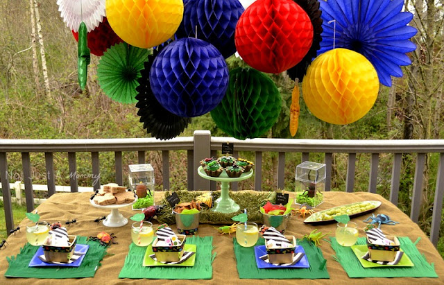 Bug Out Party bug theme table