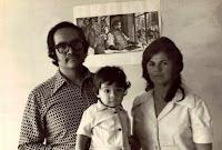 Soy hijo de Marilú (hija de Erika y de Carlos) y de José Sebastián (hijo de Socorro y de Nicolás).