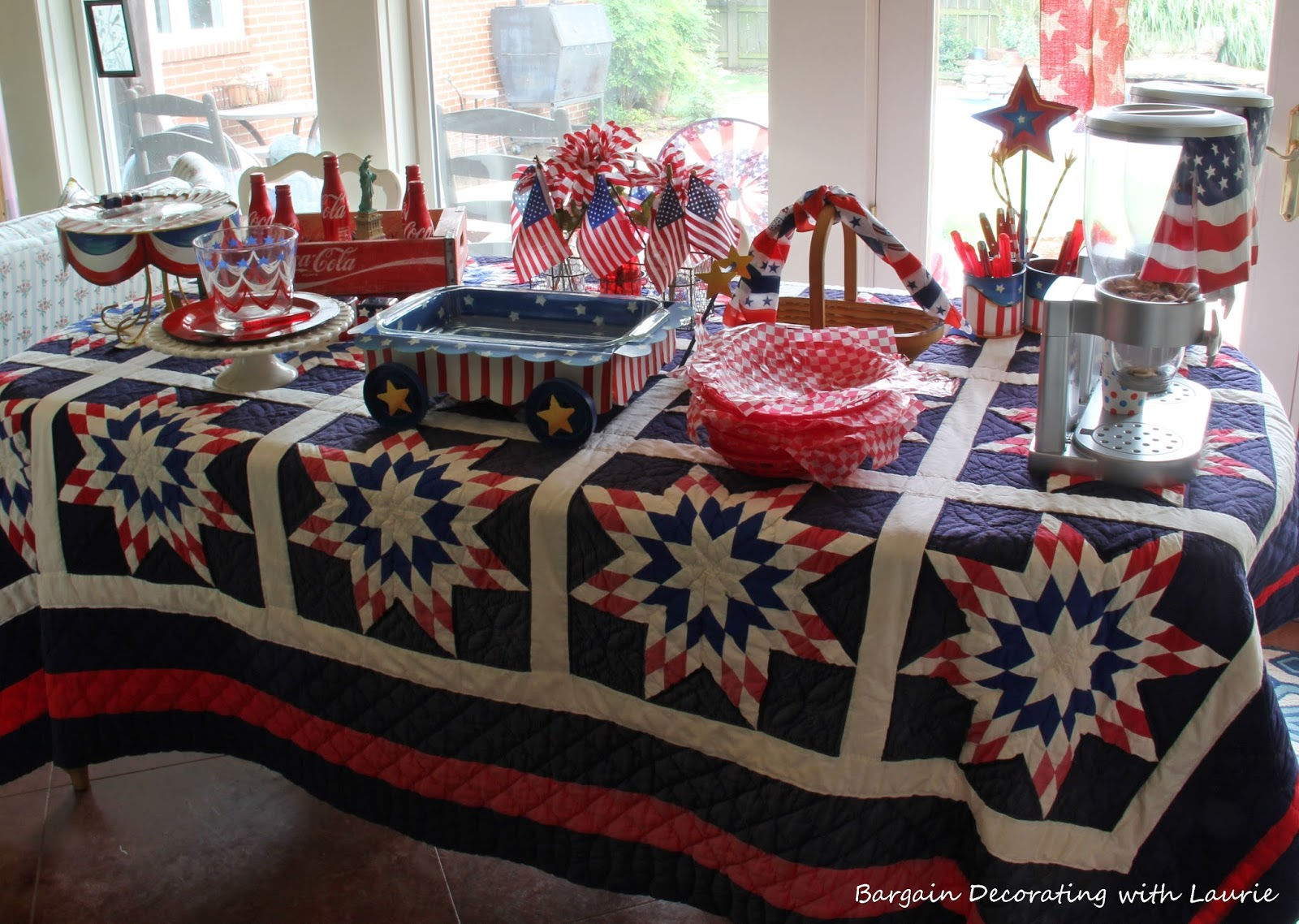 BARGAIN DECORATING WITH LAURIE: RED WHITE AND BLUE SNACK TABLE