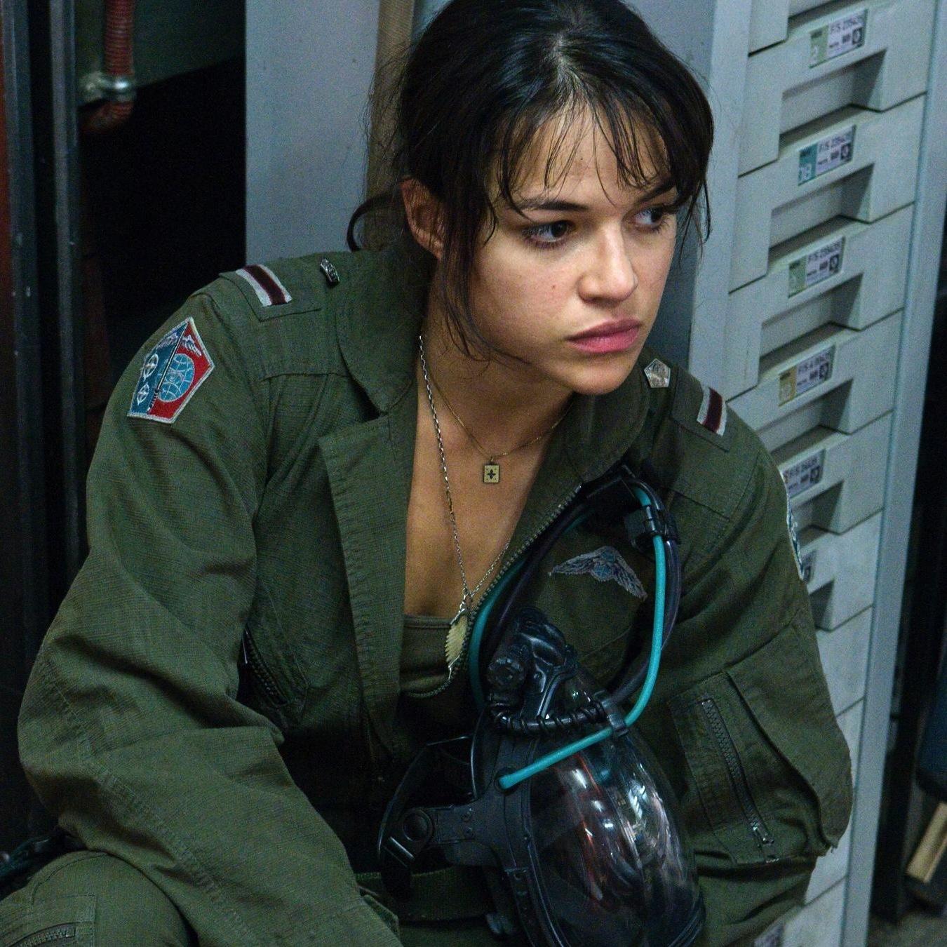 http://1.bp.blogspot.com/-kKwpNgnLm64/UQESY6HqKxI/AAAAAAAAWHc/rrXLrDvcROQ/s1600/soldier8_mrod.jpg