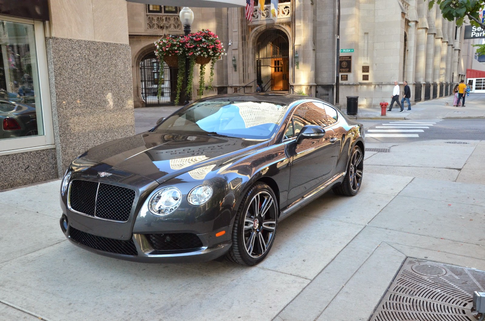 Bentley Continental V8 2014