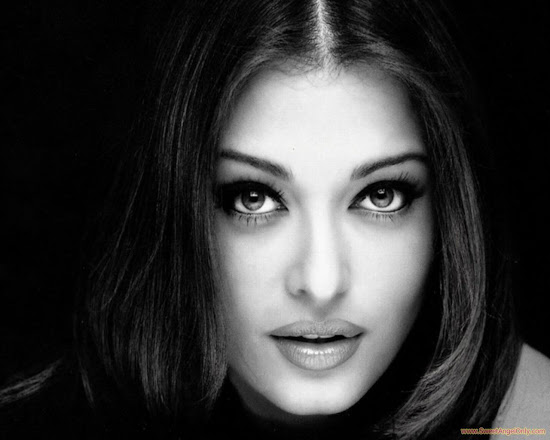 aishwarya_rai_black_and_white