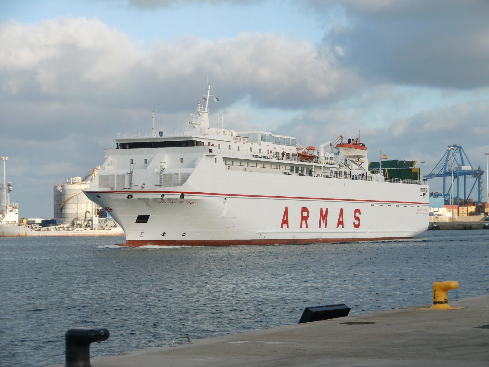 Islas canarias volcan de tauce naviera armas puerto de for Horario oficina naviera armas las palmas