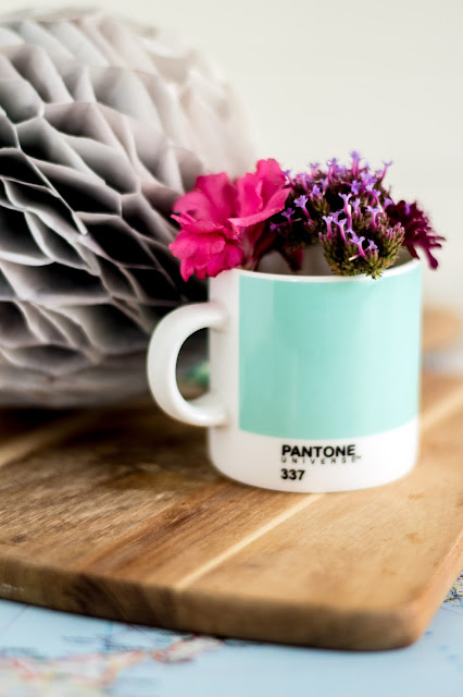 Pantone mug pantone 337 mintyfresh