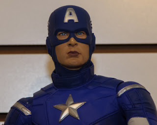 NECA 2013 Toy Fair Display Pictures - 1/4 Scale Avengers Captain America figure