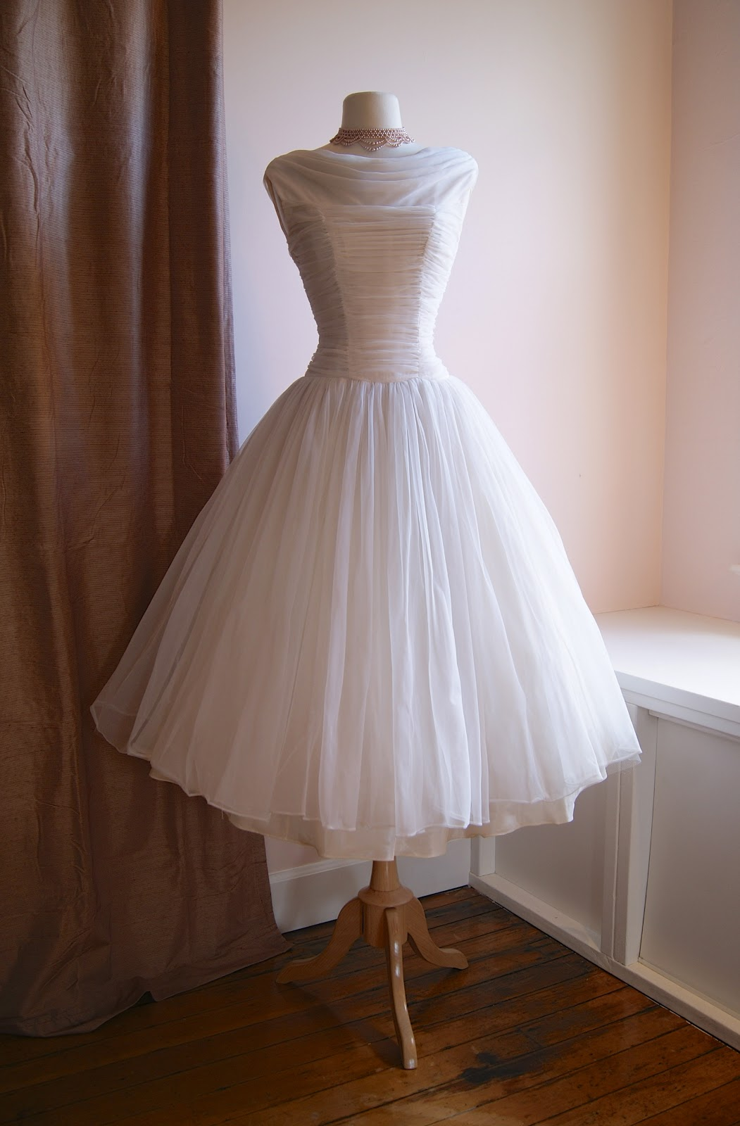 Xtabay vintage clothing boutique portland oregon for Wedding dresses in portland oregon