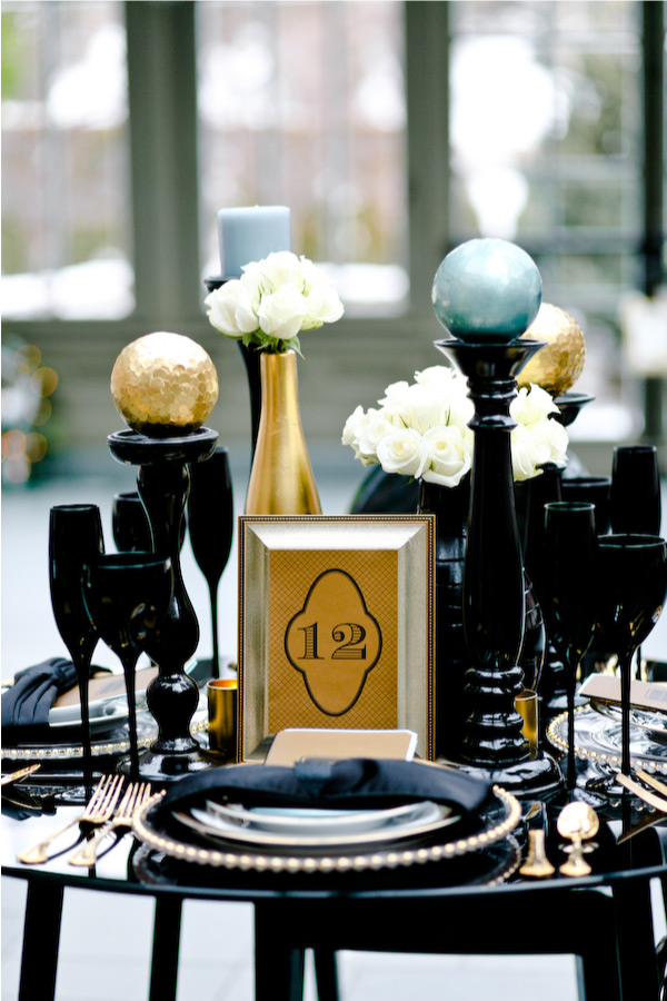 Black and gold wedding centerpieces - Black and gold wedding reception decorations ...