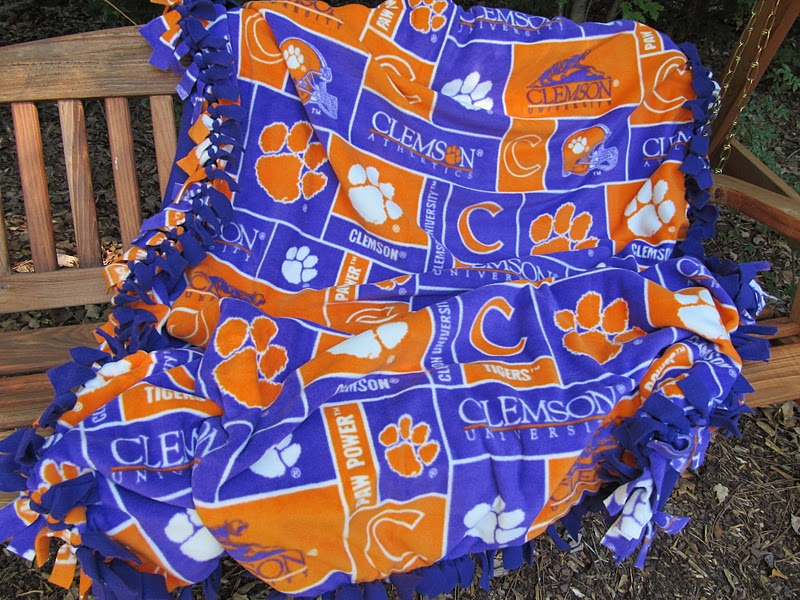 Grits & Giggles: The No-Sew Stadium Blanket Tutorial