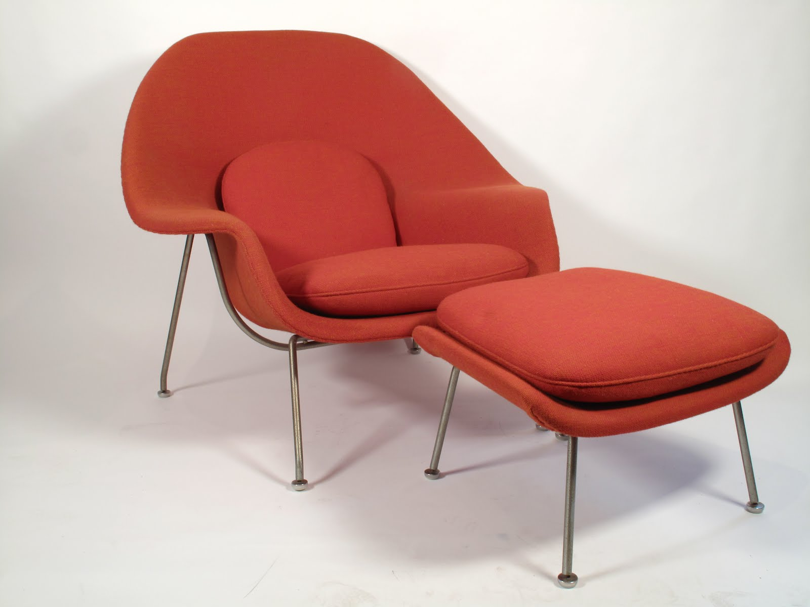 Just in Modern: Eero Saarinen Womb Chair & Ottoman 1960s