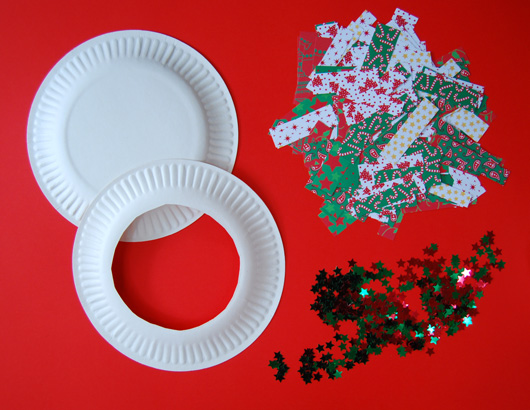 At Home With Ali Paper Plate Christmas Wreaths