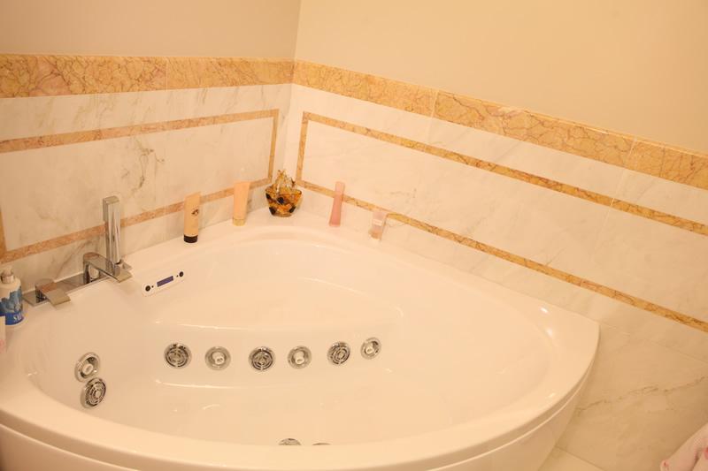 Monitillo marmi news: il marmo calacatta oro