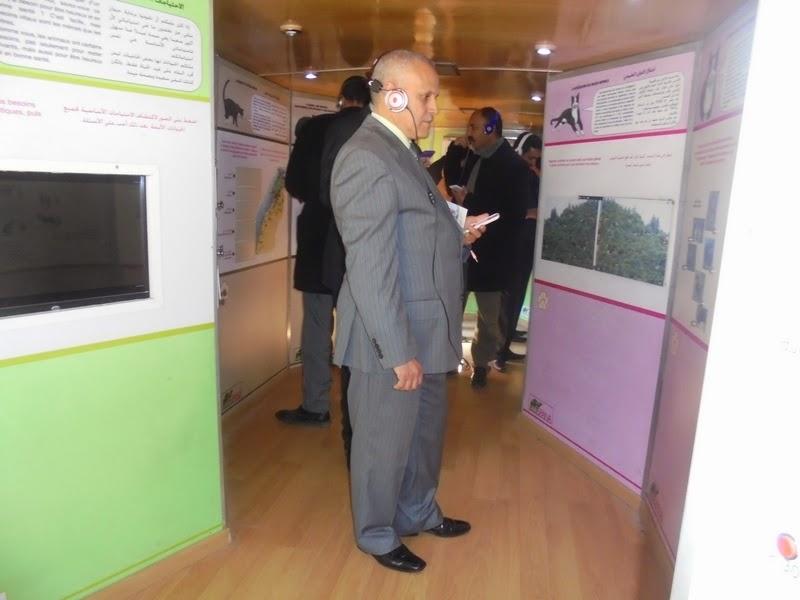 """نيابة سيدي بنور: النائب الإقليمي يعطي انطلاق القافلة البيئية الخاصة ب """"عالم الحيوان"""" بمدرسة الطبري"""