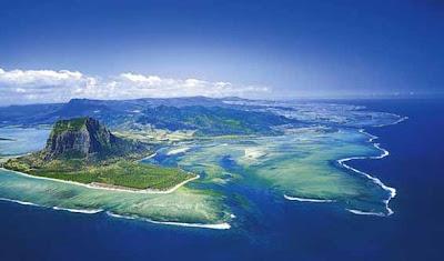 http://1.bp.blogspot.com/-kN-69oDi8RU/UVWeYXr7nrI/AAAAAAAAC7E/w3niPFcUlLk/s1600/Ditemukan+Bukti+Benua+Hilang+di+Samudra+Hindia.jpg