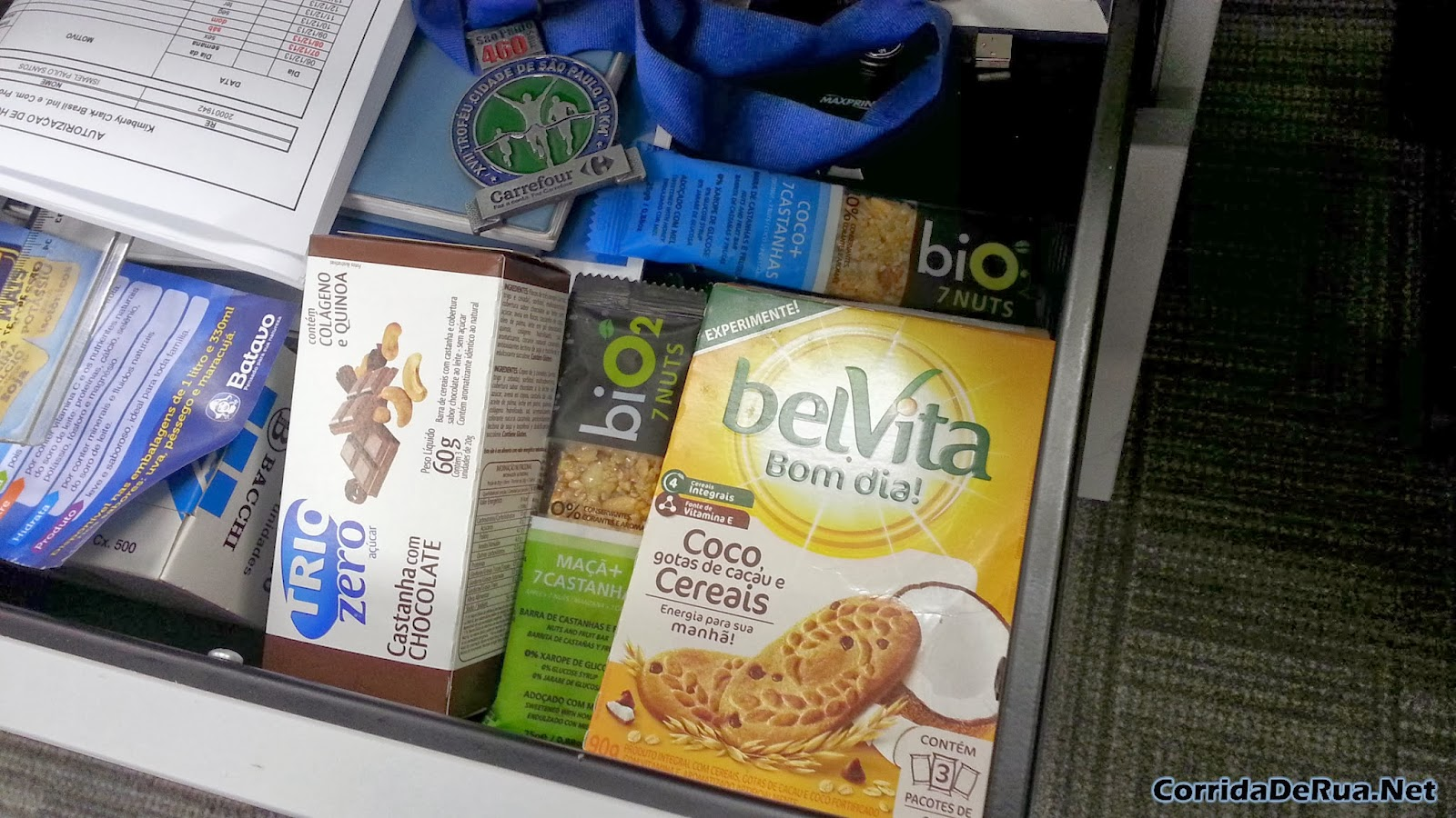 Barras de cereal Nutri e Bio2 7 Nuts e um BelVita - Corrida de Rua