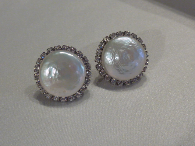 Coin Pearl Studs By Haute Bride 98 Available With A Crystal Accent In Clear Champagne Or Vintage Rose