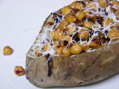 Homemade by Jen: Buffalo Chickpea Baked Potato