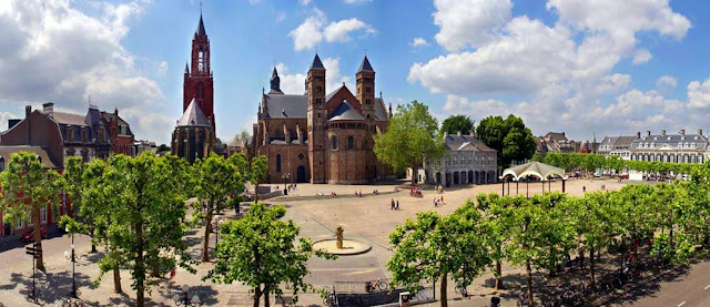 Maastricht Vrijthof Amsterdam