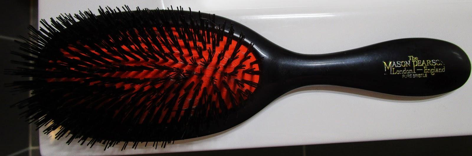 bridget enqu te la brosse cheveux mason pearson elle brosse comme personne. Black Bedroom Furniture Sets. Home Design Ideas
