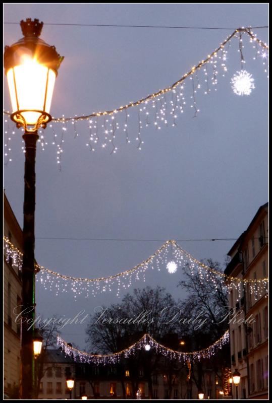 Christmas lights rue Clémenceau Versailles