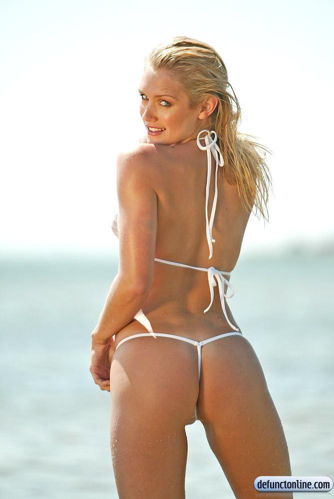 whelan bikini Nicky