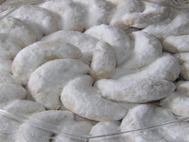 Snow Princes Cake ( Kue Putri Salju ) | Indonesian