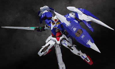Metal Build 1/100 0 Raiser and GN Sword III