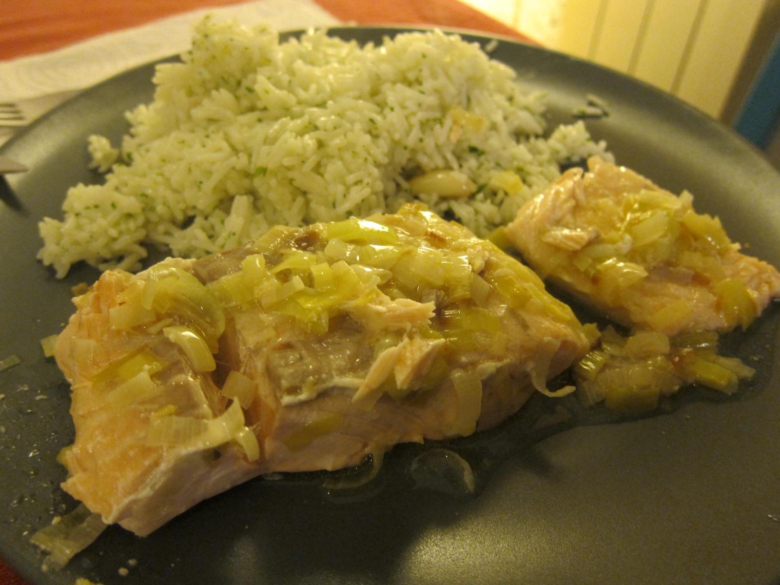 Lezioni di pesce salmone porri e vodka for Pesce chicco di riso