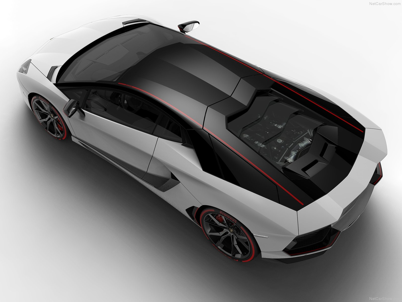 Hình ảnh siêu xe Lamborghini Aventador LP700-4 Pirelli Edition 2015 & nội ngoại thất