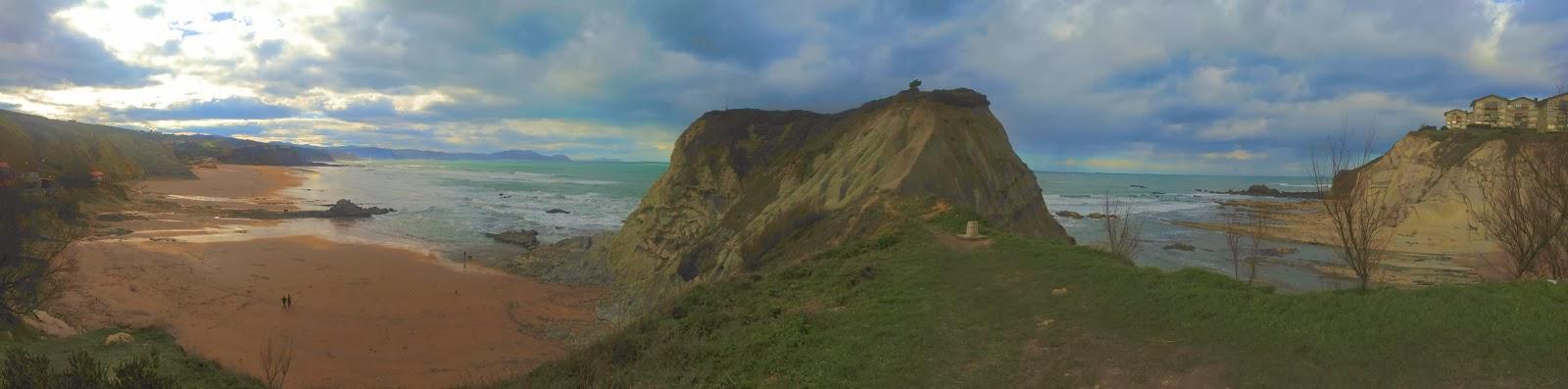 panoramica playa sopelana febrero