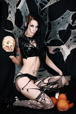 Deathrock beauty Razor Candi Gothic Sluts Halloween