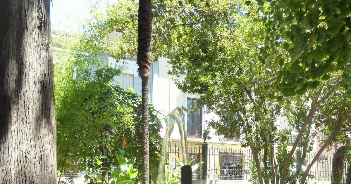 Fuentes de granada jard n bot nico en la facultad de derecho for Jardin botanico de granada