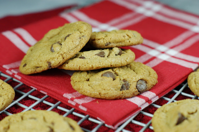 ... Kitchen is My Playground: Spiced Browned Butter Chocolate Chip Cookies
