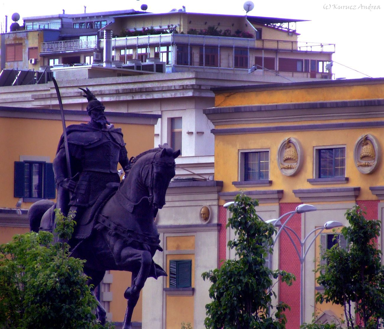 Tirana 2014. június