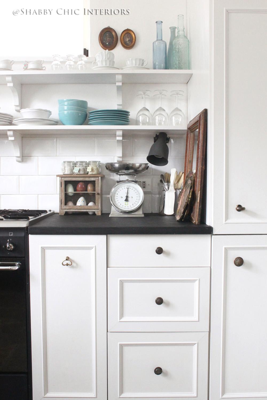Cambio di colore benvenuto nero shabby chic interiors - Ikea top cucina ...