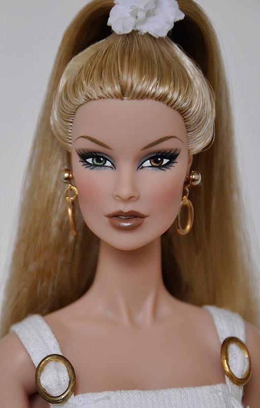 Fashion Royalty Integrity Doll Lots 4 Stands NU.Face Dolls Poppy NEW #2