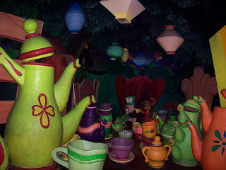 Disneyland Alice in Wonderland Ride