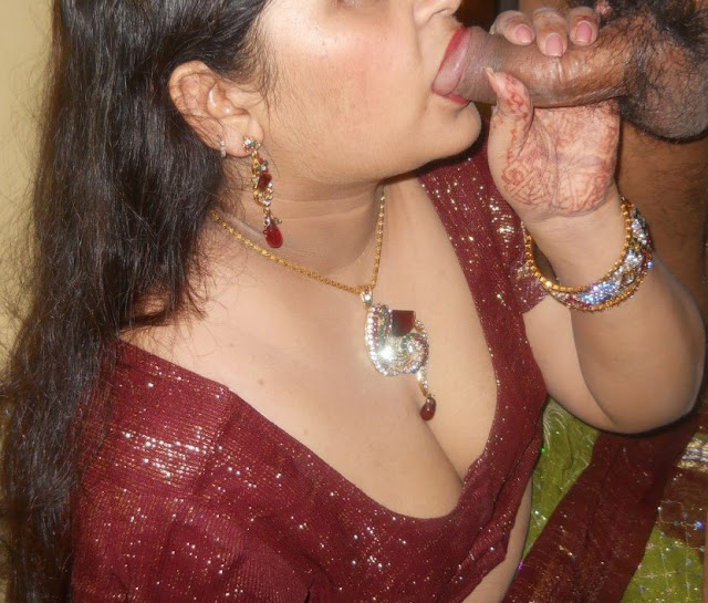 Sexy Desi Girl Friend Giving Blow Job Her Boobs