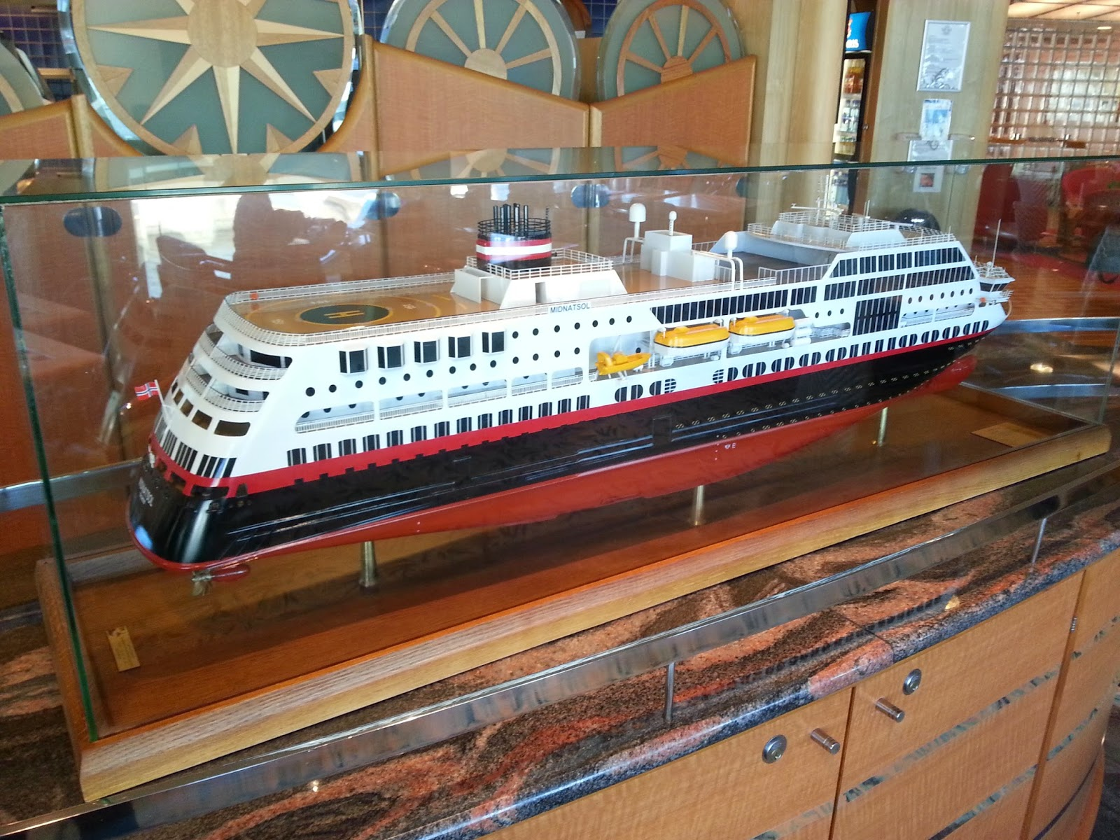 Hurtigruten MS Midnatsol - Ship Model