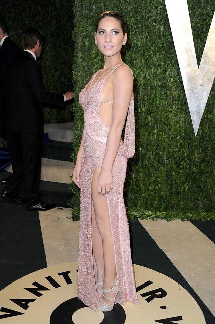 Olivia Munn Latest Hot Photo