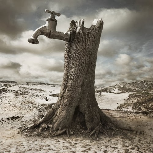 03-Dry-Photographer-Dariusz-Klimczak-Surreal-Dream-World-www-designstack-co