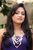Hari Priya glamorous photos-thumbnail-19