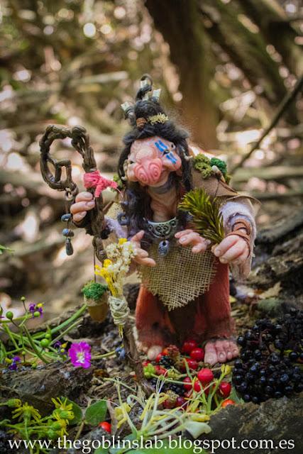Meg Berriebag la curandera goblin ooak criatura fantástica para adopción