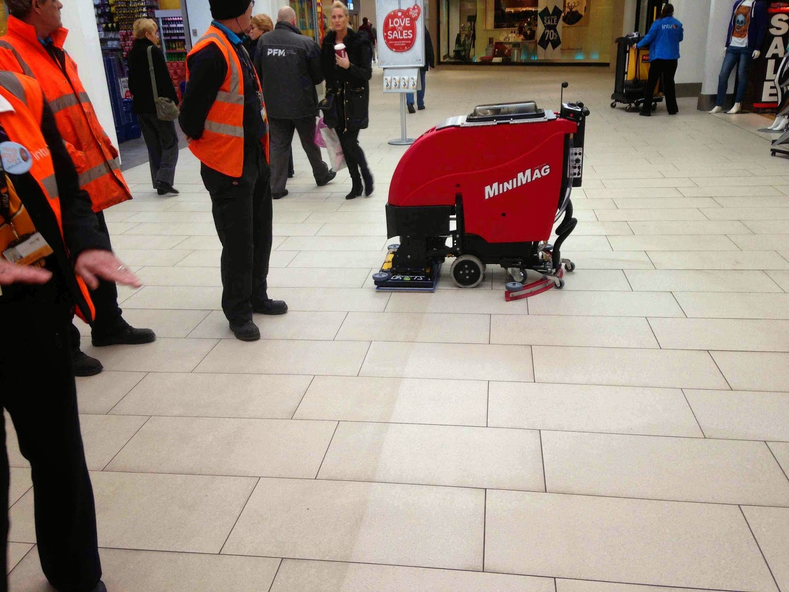 Shopping Centre Floor Cleaning With Orbitz