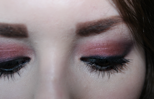 Review | MAC Cranberry and Sketch Eyeshadow